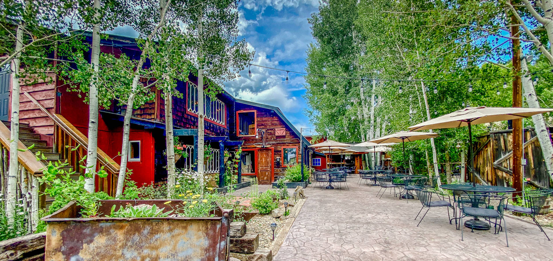 Ole Miner's Outside Entrance and Patio